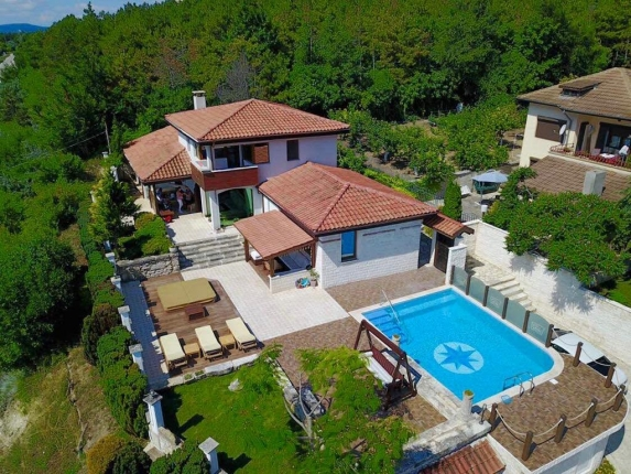 Boutique villa Cook with heated pool, jacuzzy and sea view, Picture 1