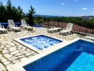 "Luxury Villa ""Gioia Del Sole"" with heated private pool and jacuzzi, in walking distance to the Sea Promenade and amenities., Picture 6"